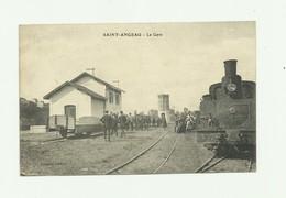 16 - SAINT ANGEAU -  La Gare Animé Train Beau Plan  Bon état - France