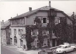 25. JOUGNE. RARETÉ. HOTEL DU MONT D'OR AVEC DYNA PANHARD ET 2 CH EN STATIONNEMENT - Francia