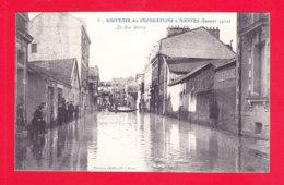 F-44-Nantes-201Ph86 Souvenir Des Inondations, Janvier 1910, La Rue Baron, Cpa BE - Nantes