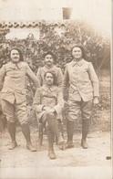 Carte Photo Chasseurs Alpins Prenant La Pose ( N°116 Sur Le Col ) - Regiments