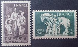 DF40266/993 - 1943 -  AU PROFIT DE LA FAMILLE DU PRISONNIER - N°585 à 586 NEUFS** - France