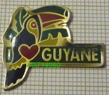 DOM TOM  GUYANE Dpt 973   TOUCAN  COEUR En Version EPOXY - Animales