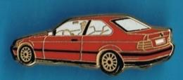 PIN'S //   ** BMW / SÉRIE 3 / COUPÉ ** . (Arthus Bertrand Paris) - BMW
