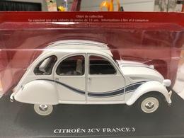 CITROEN 2CV 2 CV FRANCE 3 - 1/24 - COMME NEUVE SOUS BLISTER - Other