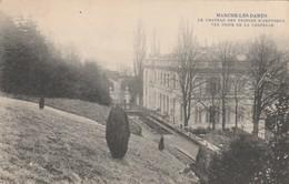 Marche-les-Dames ( Namur ) , Le Chateau Des Prince D'Arenberg  Vue Prise De La Chapelle - Namur
