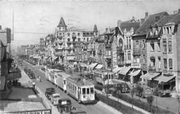 Knokke - Knocke - Avenue Lippens (Edit. Arfo 1955, Tram Tramway Gros Plan Animation Oldtimer...) - Knokke