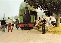 Train Chemin De Fer Baie Somme Locomotive En Plein Effort Dans Rampe Depart De St Saint Valery Pinguely 030 - Treinen