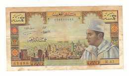 Maroc. Billet De 5 Dirhams. 1969. Etat Moyen. Froissé. Traces De Rousseurs. Mais Entier. - Marokko