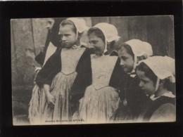 56 Jeunes Enfants De Stival édit. Le Cunf  , Coiffe - Altri Comuni