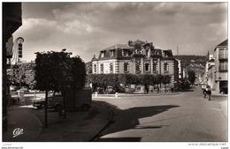 VERNON. La Place D'Evreux  Carte Photo 2 Scans - Vernon