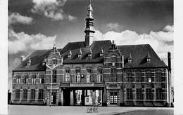 West-Vlaanderen  Wenduine Gemeentehuis Foto     Barry 3080 - Wenduine