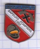 PINS VILLE 57 SIERCK LES BAINS   SAPEURS POMPIERS - Pin's
