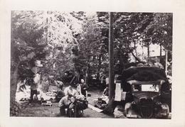 PHOTO ORIGINALE 39 / 45 WW2 WEHRMACHT FRANCE ENVIRONS DE AMIENS SOLDATS ALLEMANDS AU CAMP - Guerra, Militari