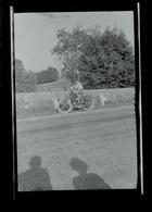 Negatif Photo Ancienne - Mobylette - Automobiles