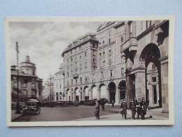 MILANO ( ITALIE ) PIAZZA FRANCESCO CRISPI  BELLE ANIMATION - Milano (Mailand)