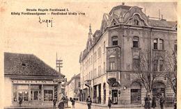 LUGOJ - TIMIS : STRADA REGELE FERDINAND - BLUM [ JUDAÏCA ] : JUVAERGIU SI CEASORNICAR / FARMACIA BANATUL ~ 1930 (ad418) - Roumanie