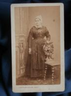 Photo CDV Constant Peigné à Nantes - Second Empire Jeune Femme En Pied à La Coiffe, Folklore Régional, Ca 1865-70 L481 - Anciennes (Av. 1900)