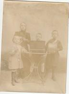 Photo 1900 Secteur CAYLUS ??? - Enfants Musiciens, Tambour, Boite à Musique (A217) - Portraits