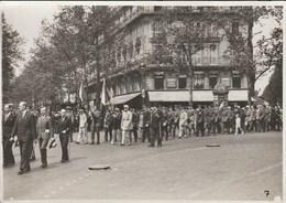 PARIS DEFILE CORTEGE DE JEANNE D'ARC LE 13 MAI 1934  31A - Photographs