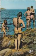 ILE DU LEVANT - Carte Postale  - Femmes Nues - - Beauté Féminine (1941-1960)