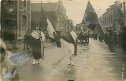 02* HIRSON  (carte Photo) Jour De La Liberation            MA99,0128 - Guerra 1914-18