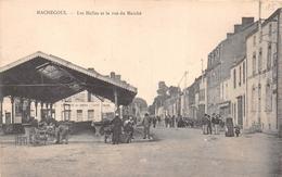 ¤¤   -   MACHECOUL   -  Les Halles Et La Rue Du Marché      -  ¤¤ - Machecoul