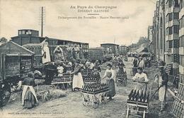 AU PAYS DU CHAMPAGNE - Maison Mercier - Le Déchargement Des Bouteilles - Vines