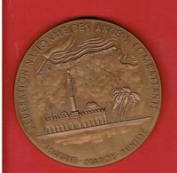 MEDAILLE BRONZE 1977 FEDERATION NATIONALE DES ANCIENS COMBATTANTS ALGERIE MAROC TUNISIE F.N.A.C.A. - Francia