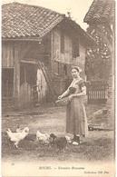 Dépt 01 - BOURG-EN-BRESSE - Fermière Bressanne - (Collection ND Phot, N° 72) - Poules, Ferme - Bourg-en-Bresse