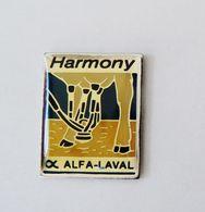 Pin's Trayeyse Vache Harmony Laval - R48 - Dieren