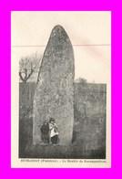 Huelgoat * Le Menhir De Kerampeulven  ( Scan Recto Et Verso ) - Huelgoat
