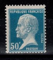 YV 176 N* Pasteur Cote 5 Euros - France