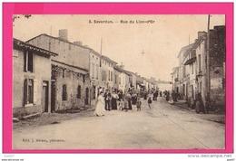 CPA (Réf :Z595) SAVERDUN (09 ARIÈGE) Rue Du Lion-d'Or (très Animée) - Other Municipalities