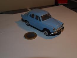Norev Simca Aronde N°22 échelle 1/43e Années 60 - Jugetes Antiguos
