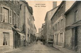 CPA 15 Rue Du Collège à SAINT FLOUR - Saint Flour