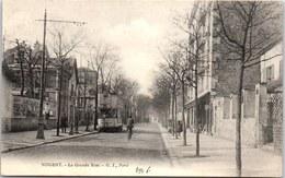 94 NOGENT SUR MARNE - La Grande Rue (tramways) - Nogent Sur Marne
