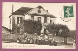Cpa La Chapelle Veronge Sortie Des Classes - éditeur  Deneuchatel - Francia