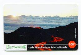 Telecarte °_ Prépayée-974-Réunion-Torc Telecom-100 FF-La Fournaise Sous Les Nuages-5.000 Ex- R/V 5911 - Réunion