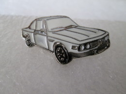 PIN'S    BMW  2800 CS   Email A Froid - BMW