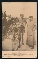 TOUR DE FRANCE 1910 -  AZIZI ? ARMANDA ? VAINQUER DE LA DERNIERE ETAPE A SON ARRIVEE AU PARC DES PRINCES - Cyclisme