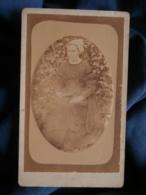 Photo CDV Anonyme - Femme à La Coiffe Régionale, Circa 1875 L481A - Anciennes (Av. 1900)