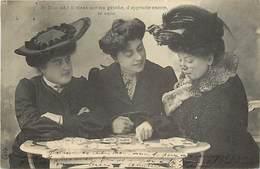 -ref C349- Astrologie - Croyances - Cartomancie - Cartomancienne - Metiers - Il Vient .. - Cartes à Jouer - Femmes - N°5 - Astrologie