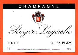 étiquette De Champagne Brut Roger Lagache à Vinay - 75 Cl - Champan