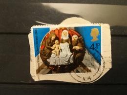 FRANCOBOLLI STAMPS GRAN BRETAGNA GREAT BRITAIN 1974 USED SU FRAMMENTO NATALE CHRISTMAS OBLITERE'  FRAGMENT - 1952-.... (Elisabetta II)