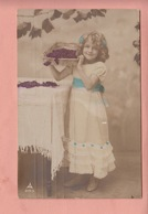 GRETE REINWALD PHOTO POSTCARD - CHILDREN - FAMOUS MODEL FROM THE 1910/20'S - CHERRIES SERIES - Portraits
