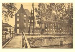 A1255[Postkaart] Hal / L'Institut Episcopal Notre-Dame De Hal / Halle / Het Collegie Van Onze Lieve Vrouw Van Halle - Halle