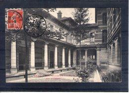 59. Lille. école Nationale Des Arts Et Métiers. Cour De L'infirmerie - Lille