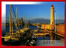 CP-34-SÈTE -Entrée Du Port - Les Jetées - Les Barques - Le PHARE -2 SCAN- - Sete (Cette)