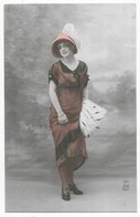 Grete Reinwald Avec Un Chapeau - Frauen