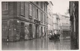 84 AVIGNON  PHOTO INONDATIONS D AVIGNON   9  14  Cms  Cachet Sec Photographe Avignon ? - Avignon